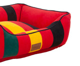 close-up-of-mount-rainier-national-park-kuddler-dog-bed