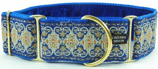 elizabethan-scroll-blue-velvet-lined-martingale-collar