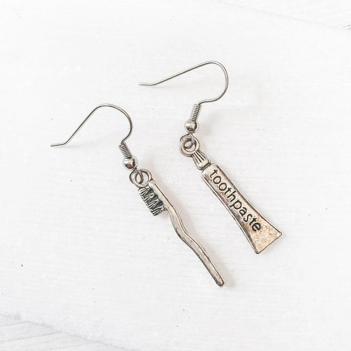 Tooth Brush & Tooth Paste Charm Earrings Uni-T