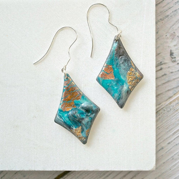 Kite Shape Polymer Clay  Earrings Uni-T