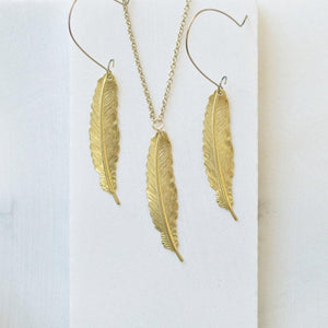 Golden Feather Necklace Uni-T