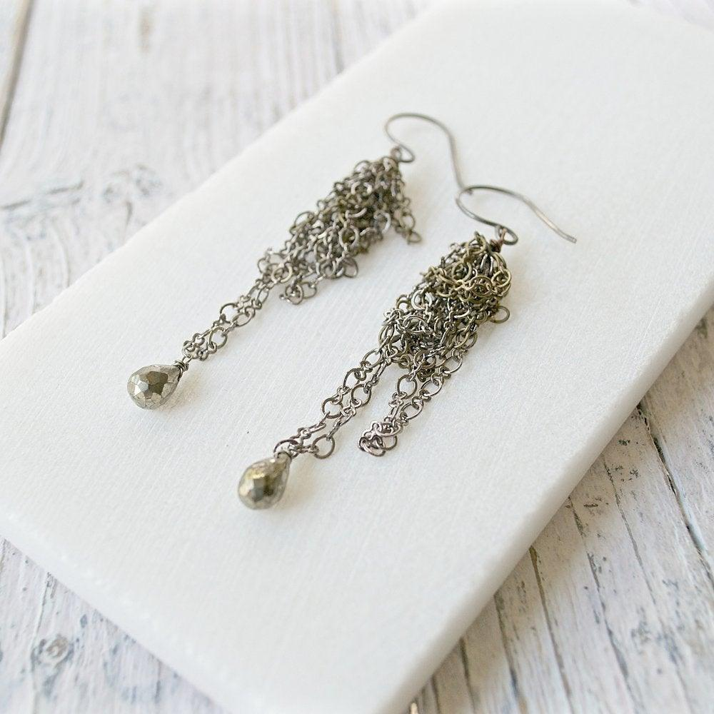 Pyrite Earrings with Jumbled Chain Uni-T