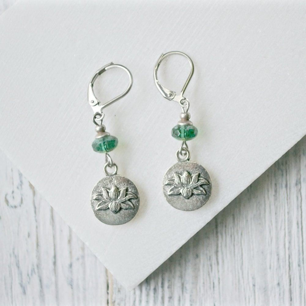 Pewter Charm Earrings with Czech Glass Beads Uni-T