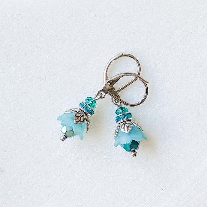Bell Flower Earrings Uni-T