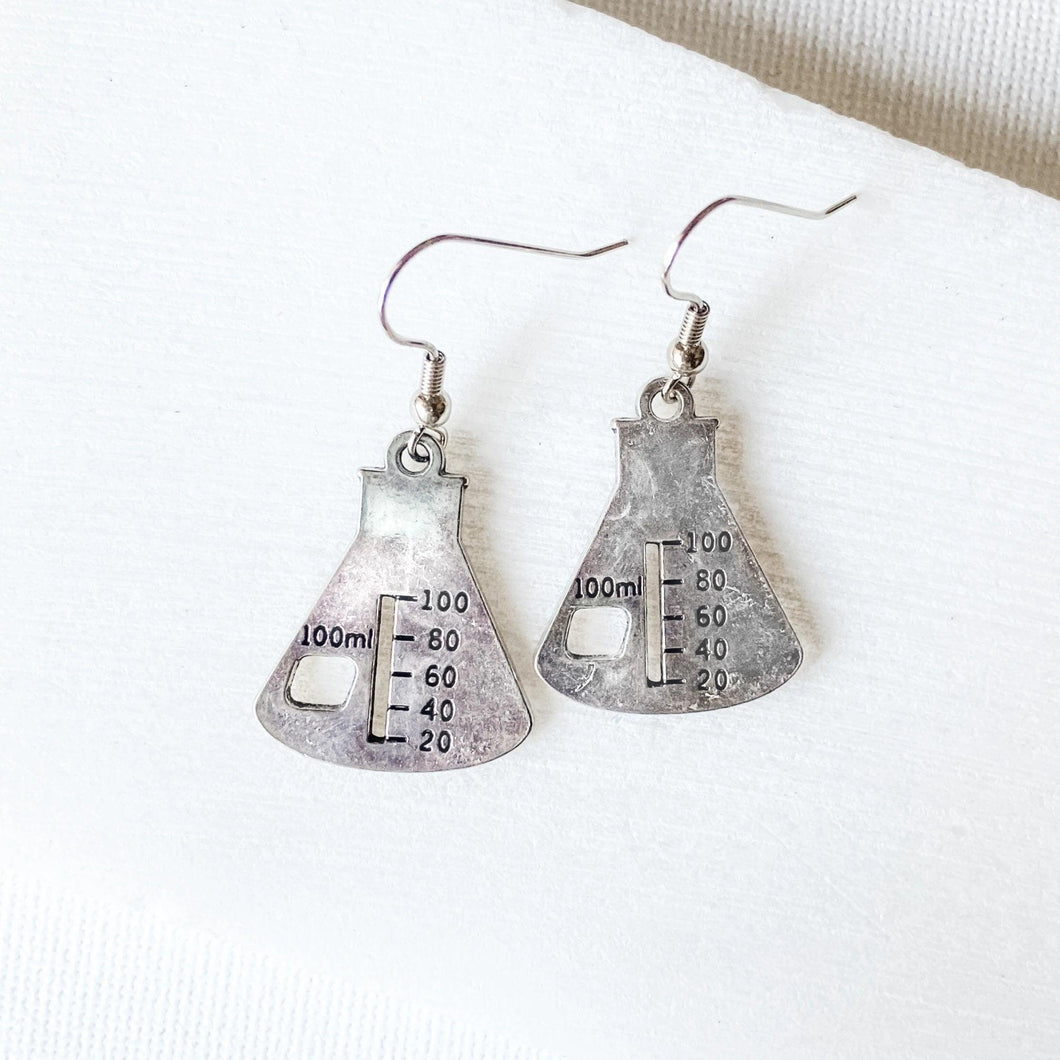 Beaker Charm Earrings Uni-T