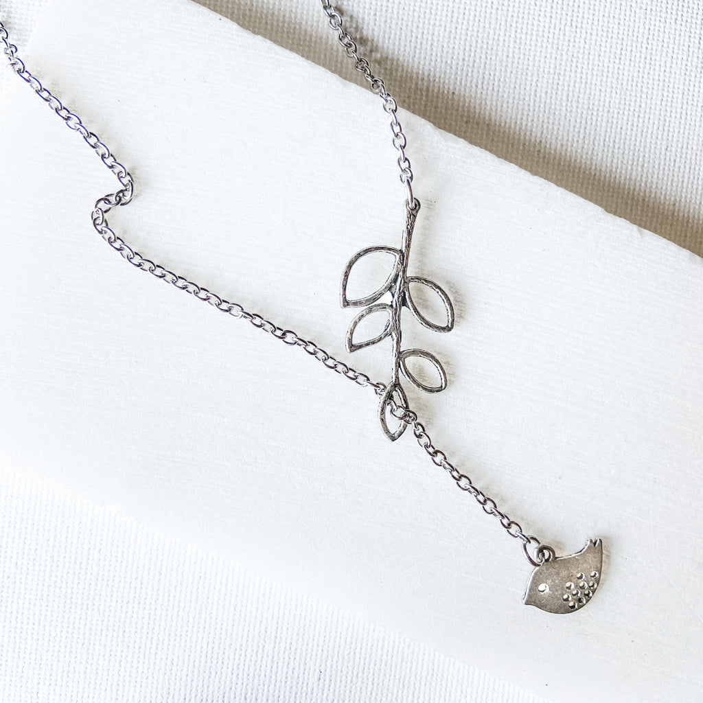 Lariat Necklace with Bird and Leaves Uni-T