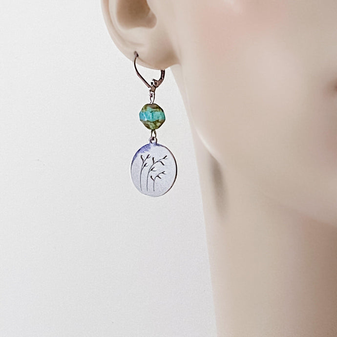 Surgical Steel Charm Earrings - Circle with Cut Out Leaves Uni-T