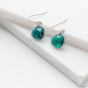 Green Small Gem Drop Earrings Uni-T