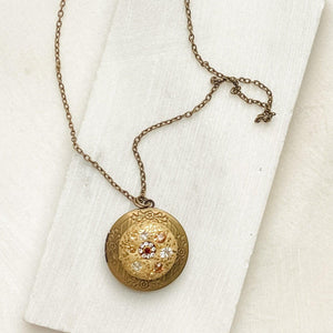 Locket Polymer Clay with Vintage Findings Necklace Uni-T Necklace