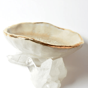 Quartz Oyster Ring Dish, Chakra Bowl, 22k Gold Ceramic Bowl Uni-T Small Gifts