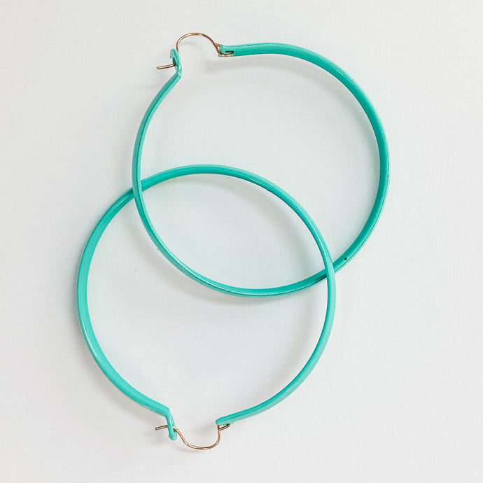 Medium Mod Enamel Hoop Earrings