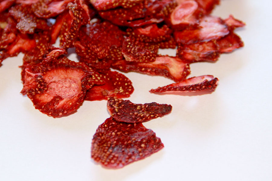 (A) DRIED STRAWBERRY