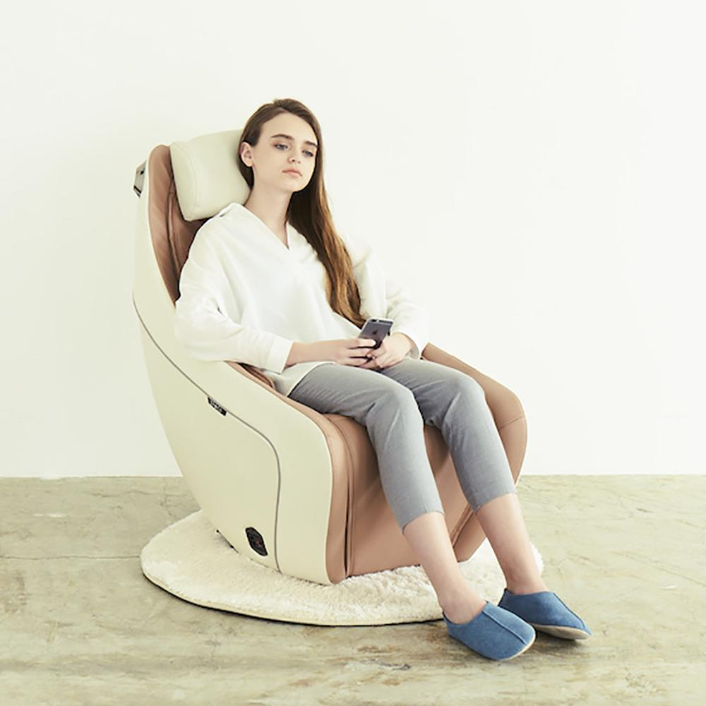 Synca CirC - Premium SL Track Heated Massage Chair SMR0004-11NA