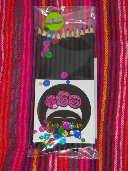 Colored pencil set with Frida Viva La Vida sticker