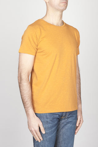 Strategic Business Unit - 00761 - T-Shirt Girocollo Aperto A Maniche Corte In Cotone Fiammato Gialla - Classic Short Sleeve Flamed Cotton Scoop Neck T-Shirt Yellow - 古典的な短い袖のコットンスクープネックTシャツ黄色