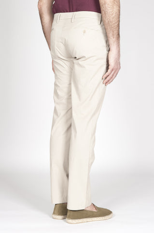 Strategic Business Unit - 00317 - Pantaloni Chino Classici Beige In Cotone Stretch Regular Fit - Classic Regular Fit Chino Pants In Pale Brown Stretch Cotton - 淡褐色ストレッチコットンで古典的なレギュラーフィットチノパン