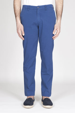Strategic Business Unit - 00318 - Pantaloni Chino Classici Blue In Cotone Stretch Regular Fit - Classic Regular Fit Chino Pants In Blue Stretch Cotton - ブルーストレッチコットンで古典的なレギュラーフィットチノパン