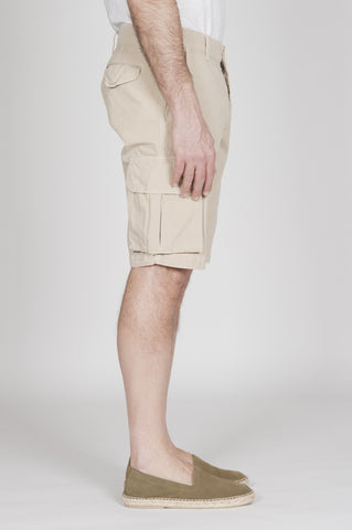 Strategic Business Unit - 00339 - Bermuda Cargo Shorts Classici In Cotone Beige - Classic Regular Fit Cargo Shorts In Pale Brown Cotton - 薄茶色の綿で古典的なレギュラーフィットカーゴショーツ