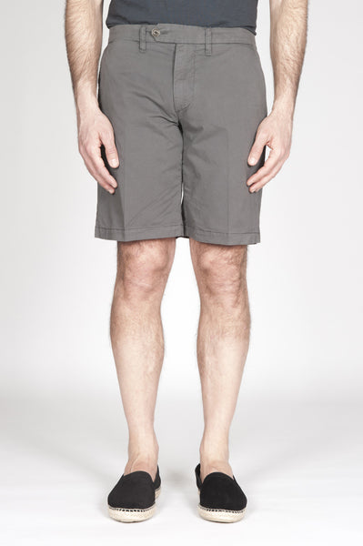 Strategic Business Unit - 00359 - Bermuda Shorts Classici In Cotone Elasticizzato Grigio Scuro - Classic Regular Fit Short Pants In Dark Grey Stretch Cotton - 濃いグレーのストレッチコットンで古典的なレギュラーフィットショートパンツ