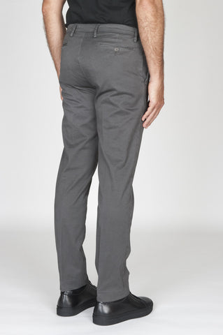 Strategic Business Unit - 00478 - Pantaloni Chino Regular Fit Classici In Cotone Stretch Grigio - Classic Regular Fit Chino Pants In Grey Stretch Cotton - グレーのストレッチコットンで古典的なレギュラーフィットチノパン