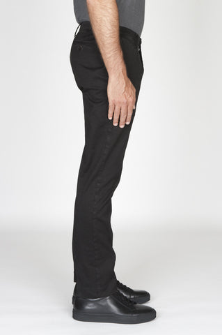 Strategic Business Unit - 00480 - Pantaloni Chino Regular Fit Classici In Cotone Stretch Nero - Classic Regular Fit Chino Pants In Black Stretch Cotton - 黒のストレッチコットンで古典的なレギュラーフィットチノパン