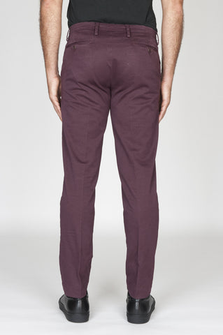 Strategic Business Unit - 00481 - Pantaloni Chino Regular Fit Classici In Cotone Stretch Rosso Bordeaux - Classic Regular Fit Chino Pants In Dark Red Stretch Cotton - 暗赤色のストレッチコットンで古典的なレギュラーフィットチノパン