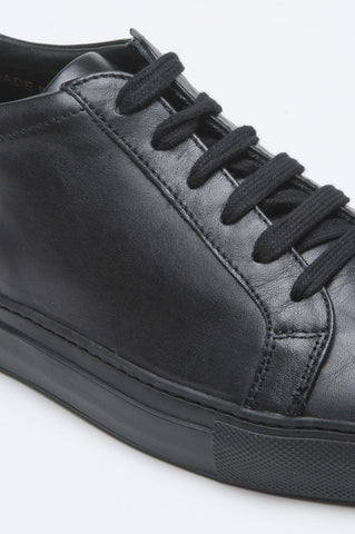 Strategic Business Unit - 00506 - Sneakers Classiche Di Pelle Nera - Classic Sneakers In Black Calf-Skin Leather - 黒のカーフスキンレザーでクラシックなスニーカー