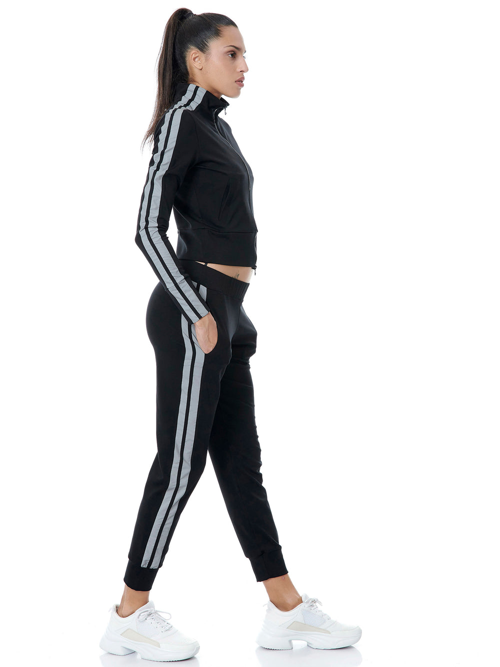 BAYA reflective runner jacket black