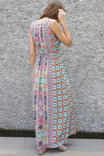 Load image into Gallery viewer, Praiano Maxi Dress
