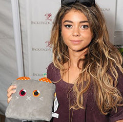 Sarah Hyland and Poketti
