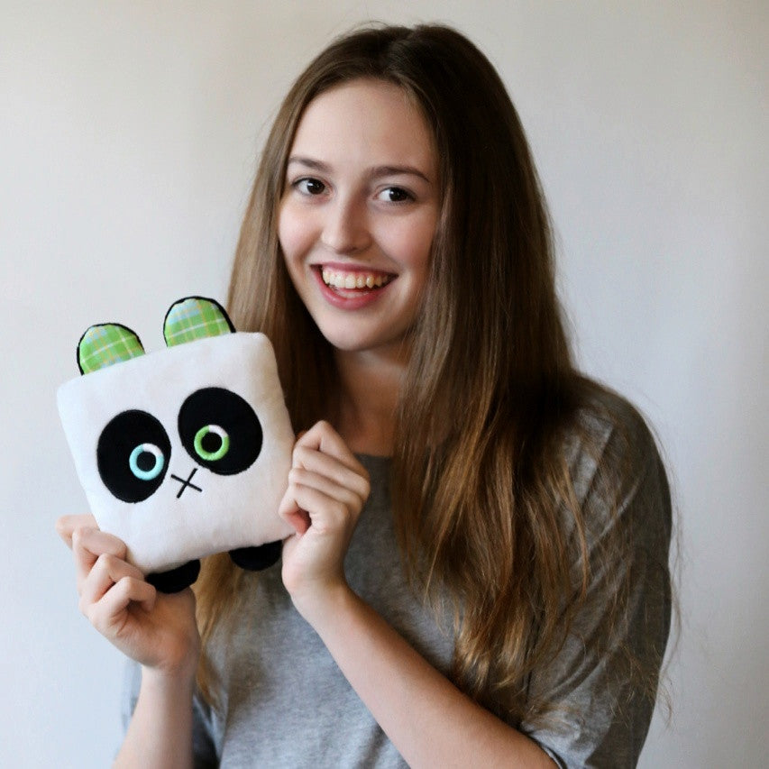 Plush toy panda bear stuffed animal bear with a useful back pocket, designed by young entrepreneurs