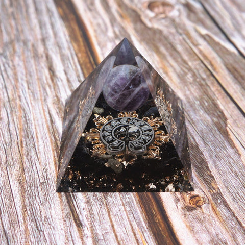 Raw Amethyst Knob Set