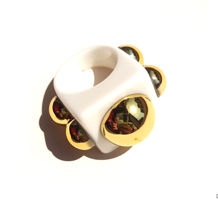 Hip to be Square Resin Ring-White