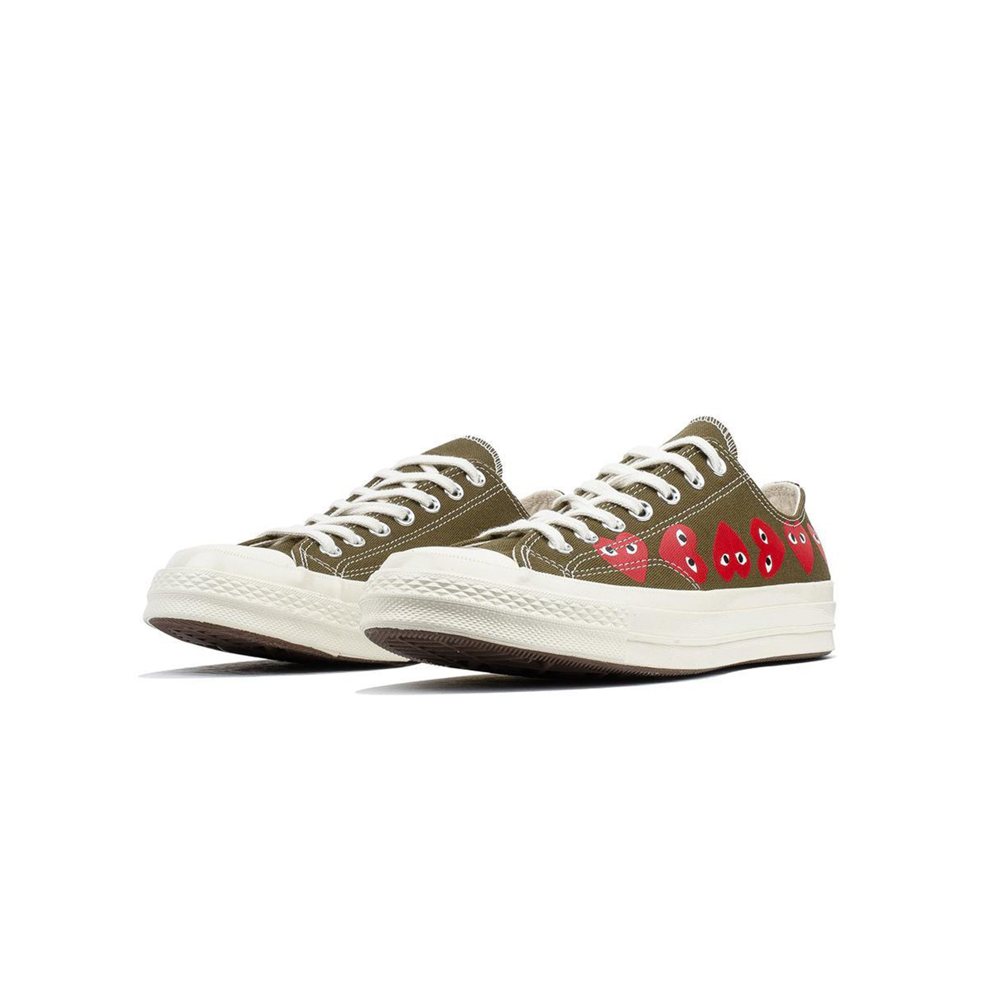 9599d99952ea Comme des Garcons PLAY x Converse Chuck 70 Low Multi Heart  162976C