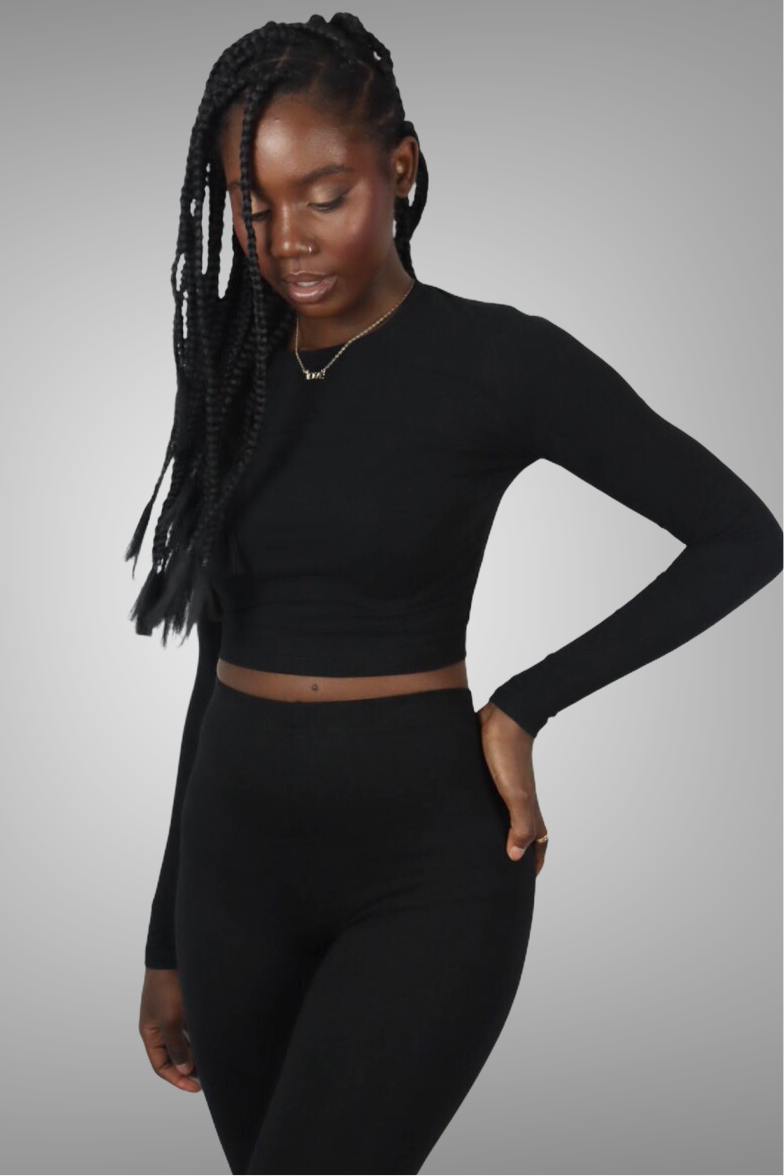 BLACK LONG SLEEVE CROP TOP uloani.myshopify.com