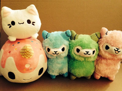 Cute Kawaii Animal Plush Dolls Meowchi Cat Candy Narwal Zombie Llamas Blue Green Pink