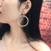 Load image into Gallery viewer, Circle Earrings