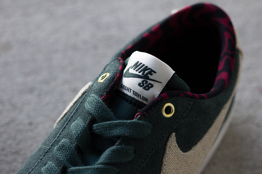 Nike SB Blazer Low GT - Green Phantom