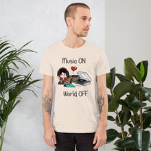 Load image into Gallery viewer, Music ON World OFF • Respect Vinyl • Kurzärmeliges Unisex-T-Shirt