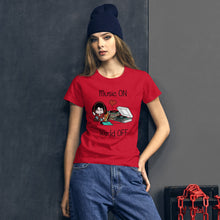 Load image into Gallery viewer, Music ON World OFF • Respect Vinyl • Frauen Kurzarm T-Shirt