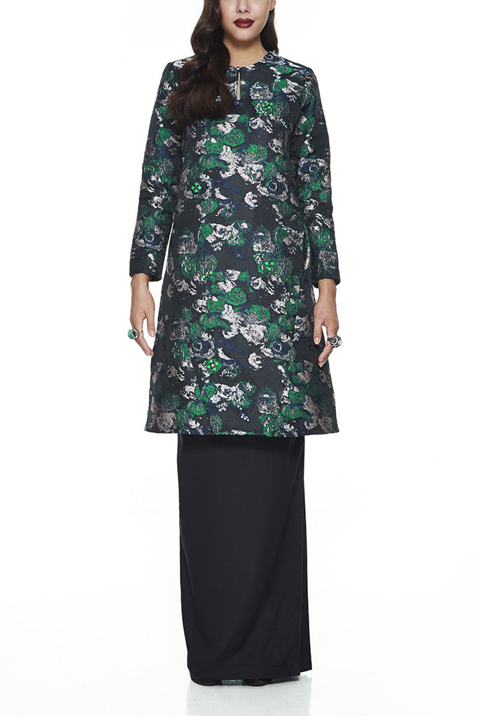BLACK THYME - JACQUARD A-LINE BAJU KURUNG JOHOR WITH INTRICATE BEADINGS AND FRONT PANEL WITH POCKETS (BLACK)