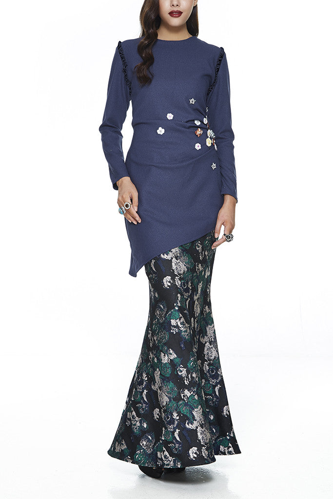 BLUE LAWANG - HEAVILY EMBELLISHED WITH SEQUIN FLOWERS AND STONES ASSYMETRICAL MODERN BAJU KURUNG WITH SIDE GATHERS ON THE WAIST (BLUE)