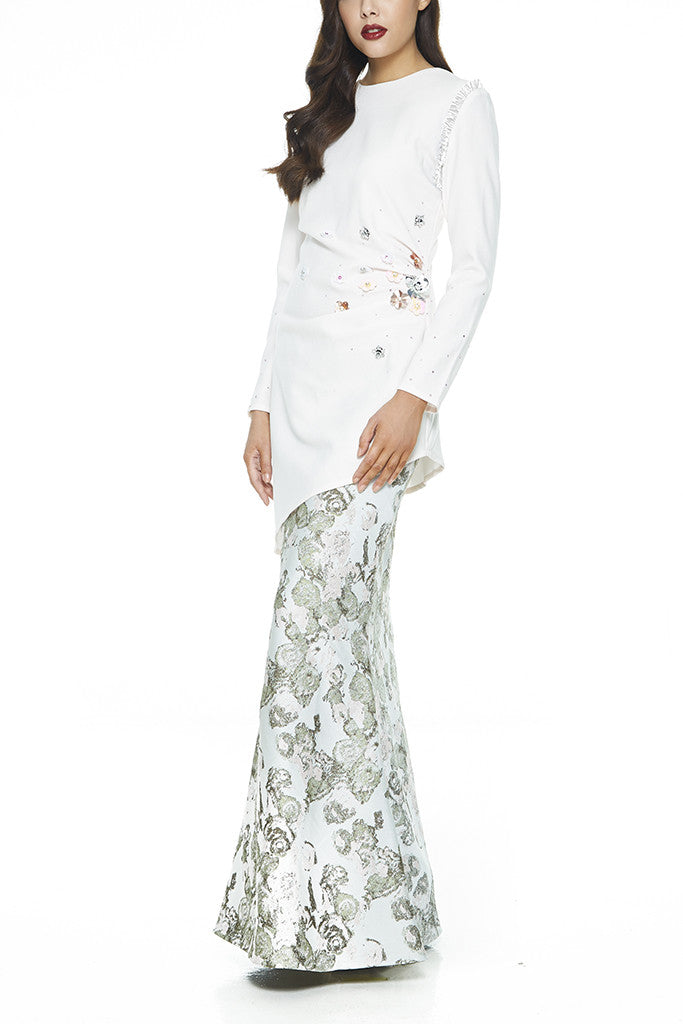 WHITE LAWANG - HEAVILY EMBELLISHED WITH SEQUIN FLOWERS AND STONES ASSYMETRICAL MODERN BAJU KURUNG WITH SIDE GATHERS ON THE WAIST (WHITE)
