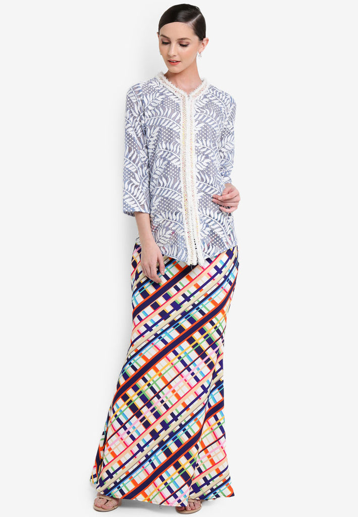 SAN JUAN - LACE KEBAYA W/ PRINTED SKIRT - LIGHT BLUE