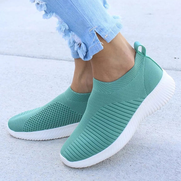 Women Slip On Flat Shoes / Loafers for Walking - celebrityfashion-in