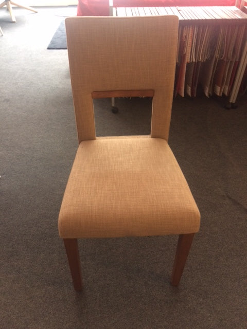 Tonon Chair