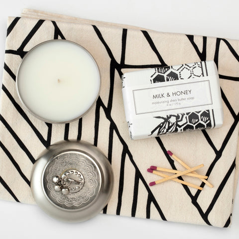 Ethically-made candles and empowering gifts that give back to women artisans..