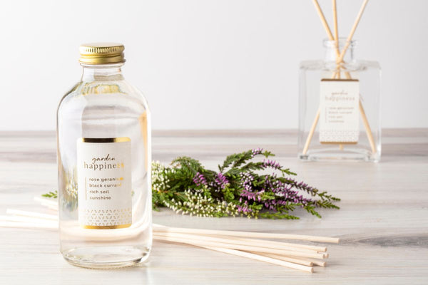 What is a reed diffuser |  Tips on how to use a reed diffuser