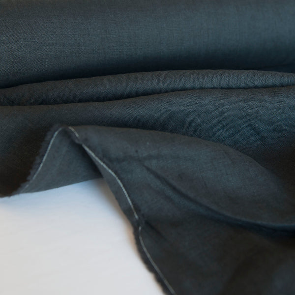 1/2M European Laundered Linen in Scuttle Black