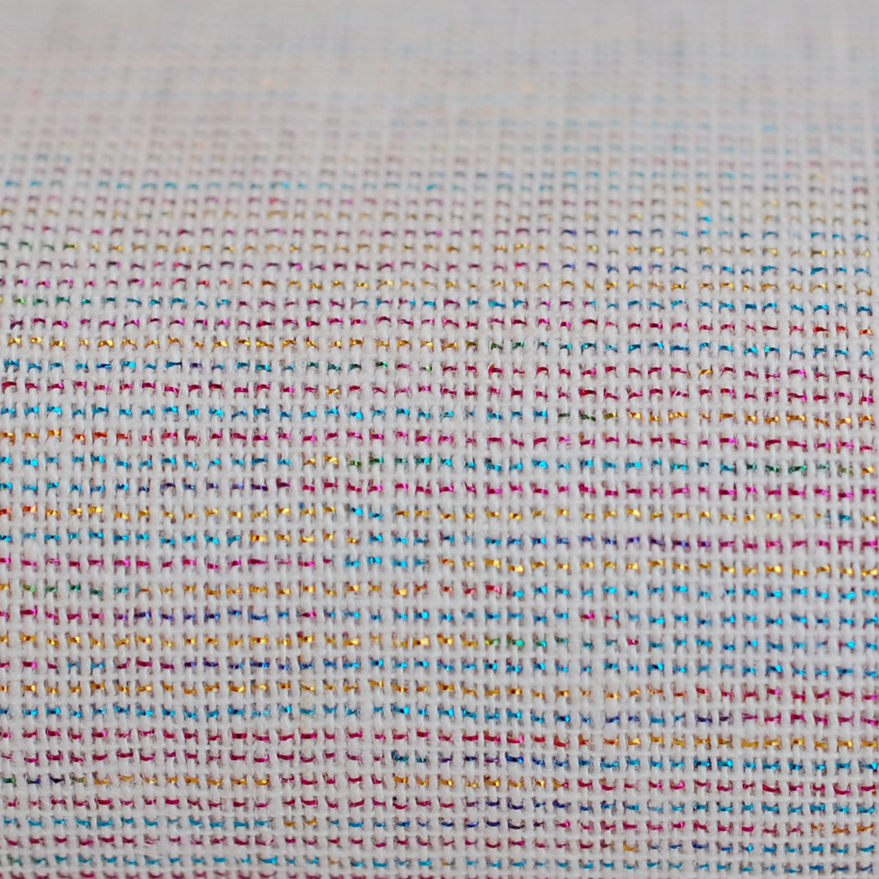 1/2M Essex Yarn Dyed Metallic Linen in Sorbet